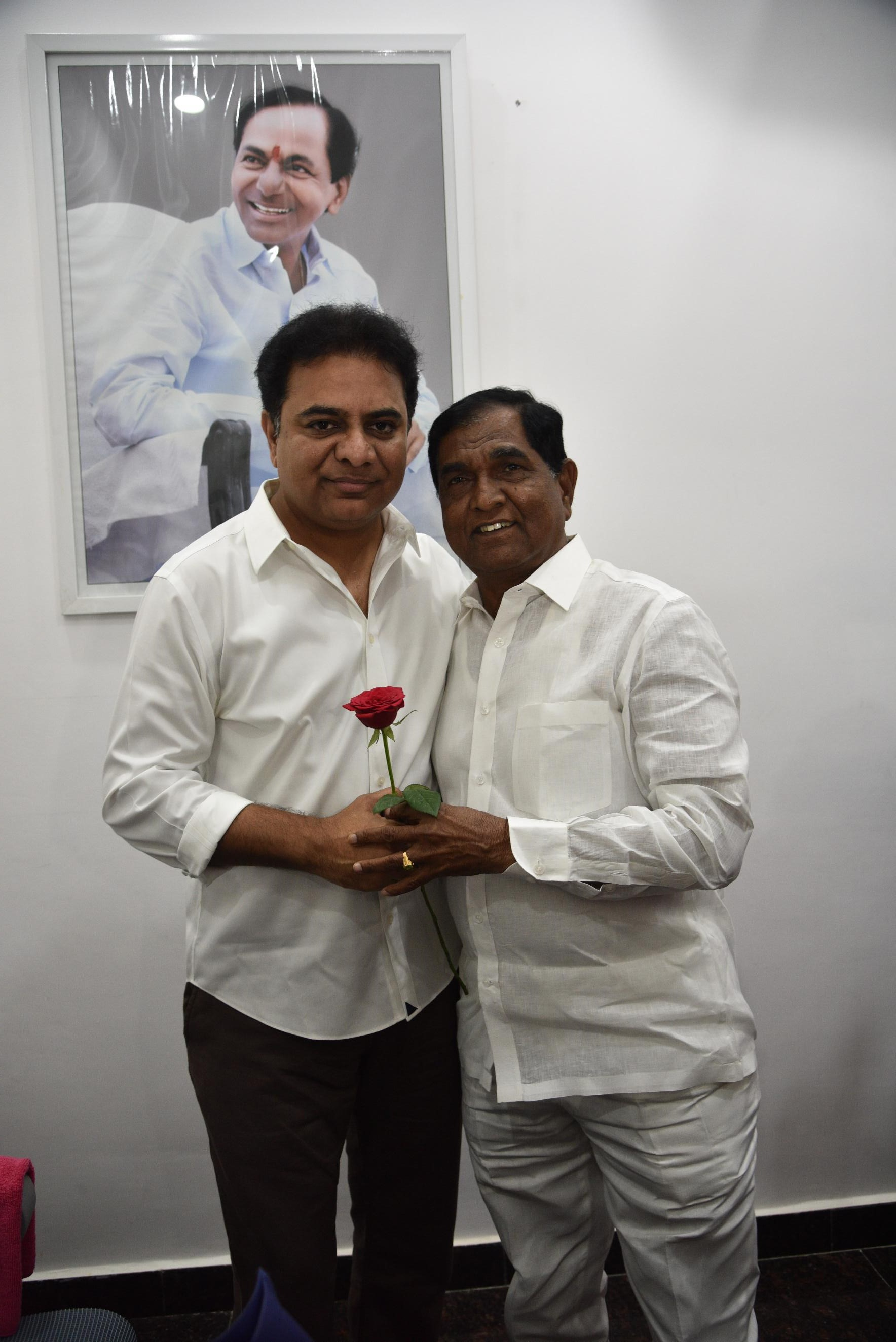 12. New Year Greetings to TRS Working President Sri KTR
