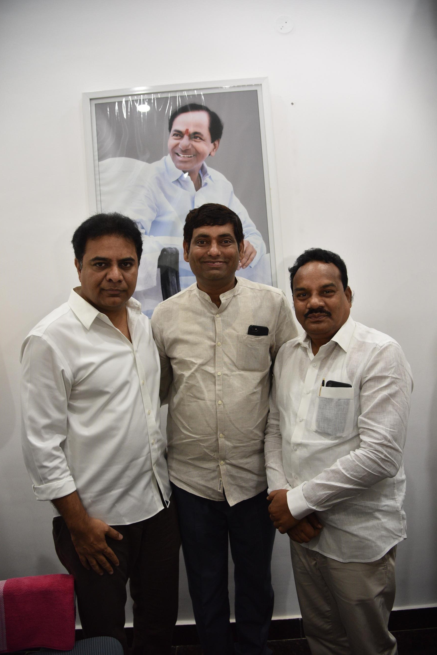 13. New Year Greetings to TRS Working President Sri KTR
