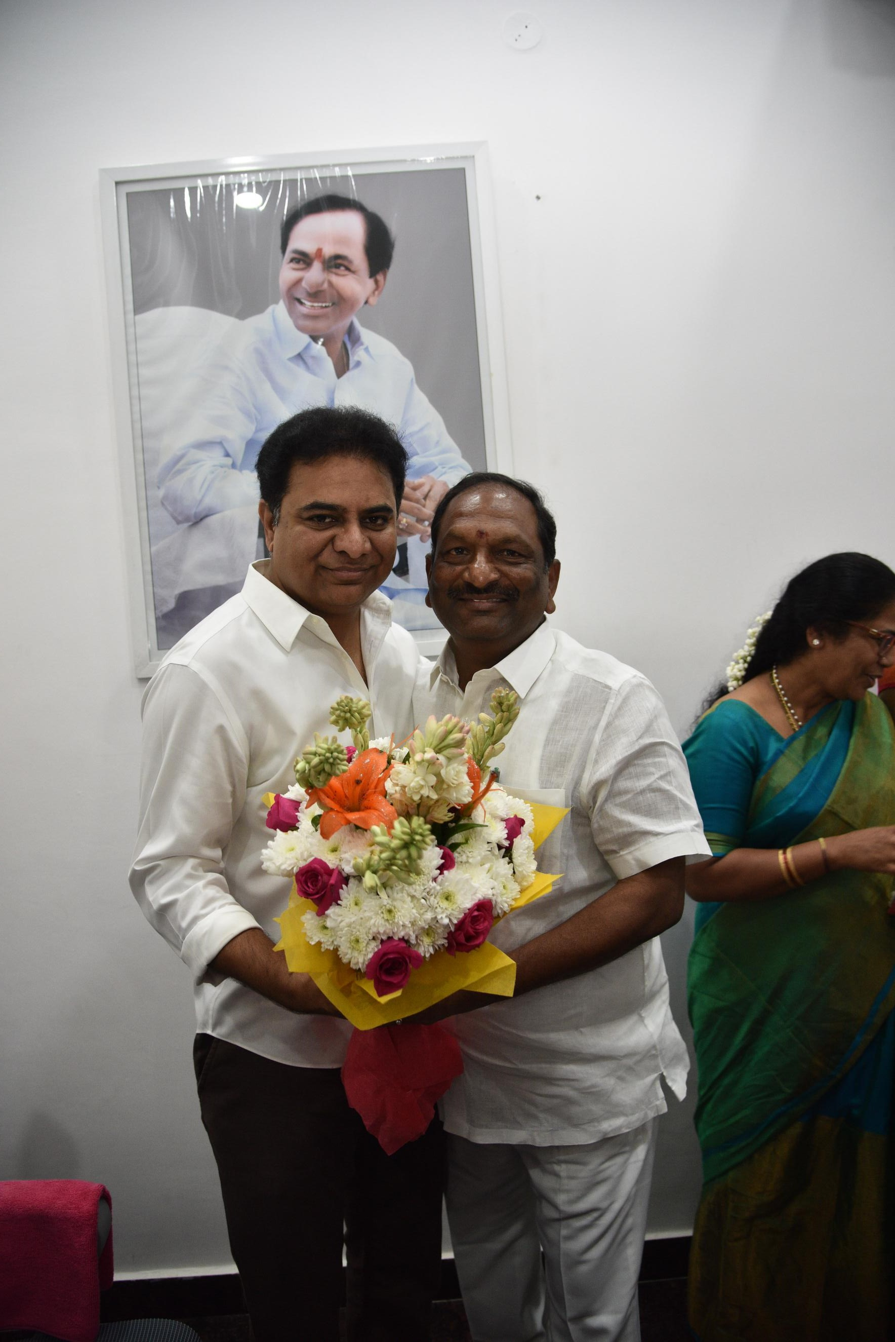 2. New Year Greetings to TRS Working President Sri KTR