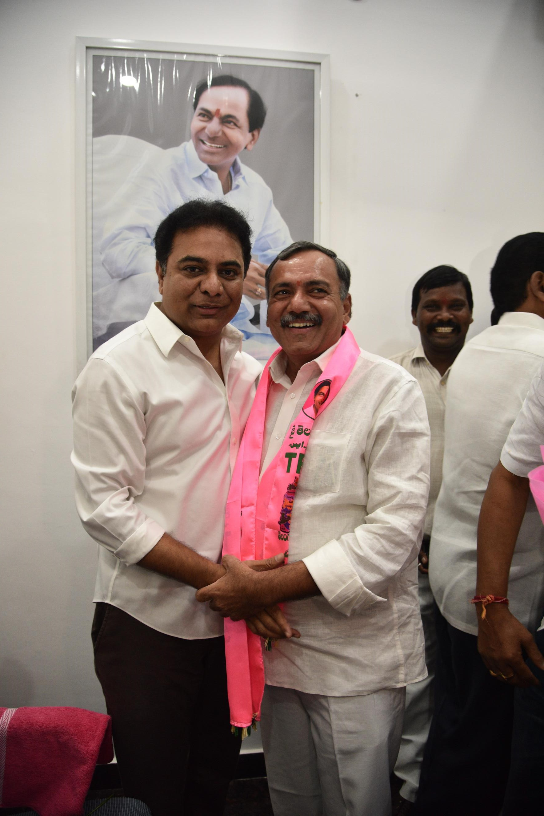 23. New Year Greetings to TRS Working President Sri KTR (28)