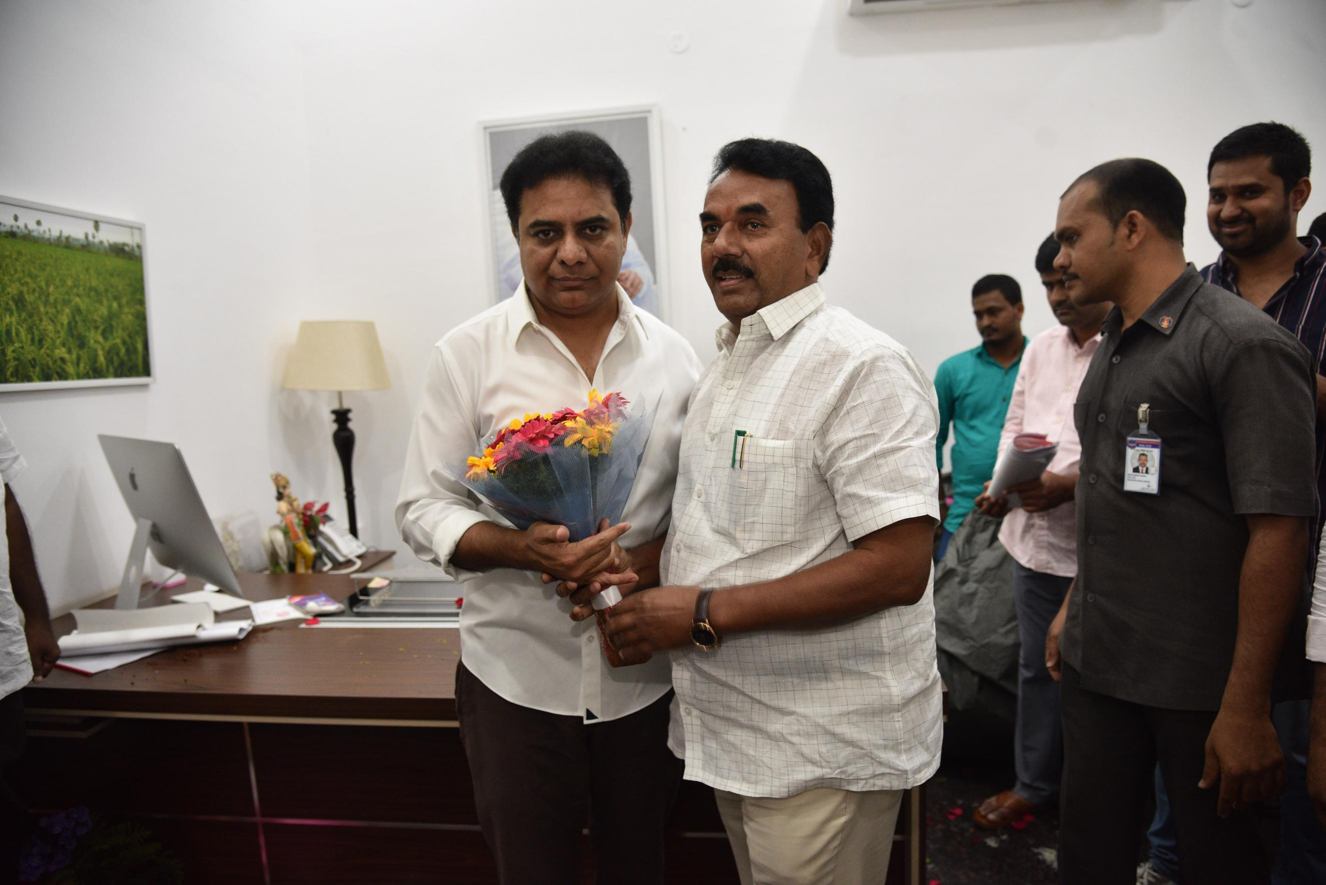 25. New Year Greetings to TRS Working President Sri KTR (54)