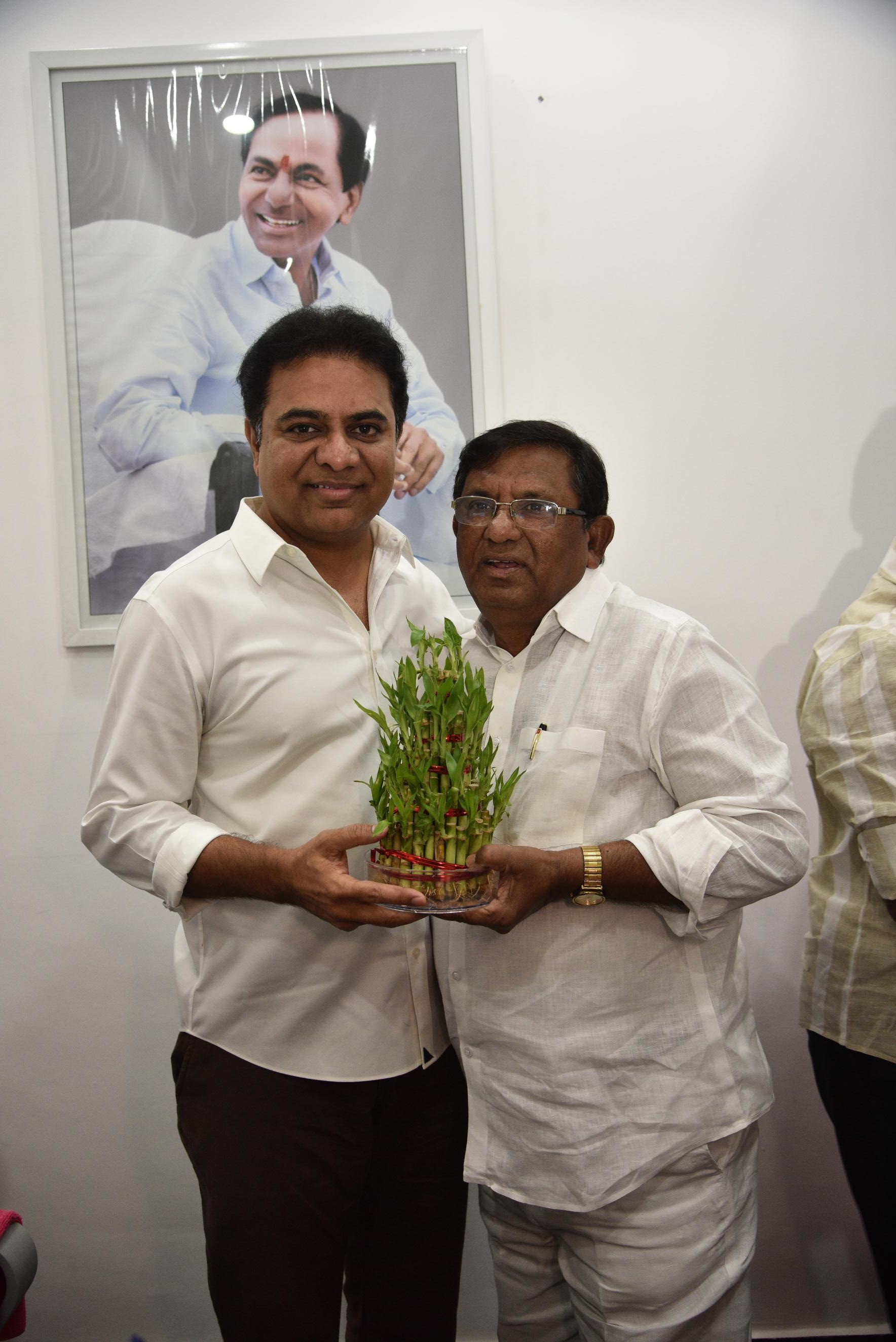 26. New Year Greetings to TRS Working President Sri KTR (6)