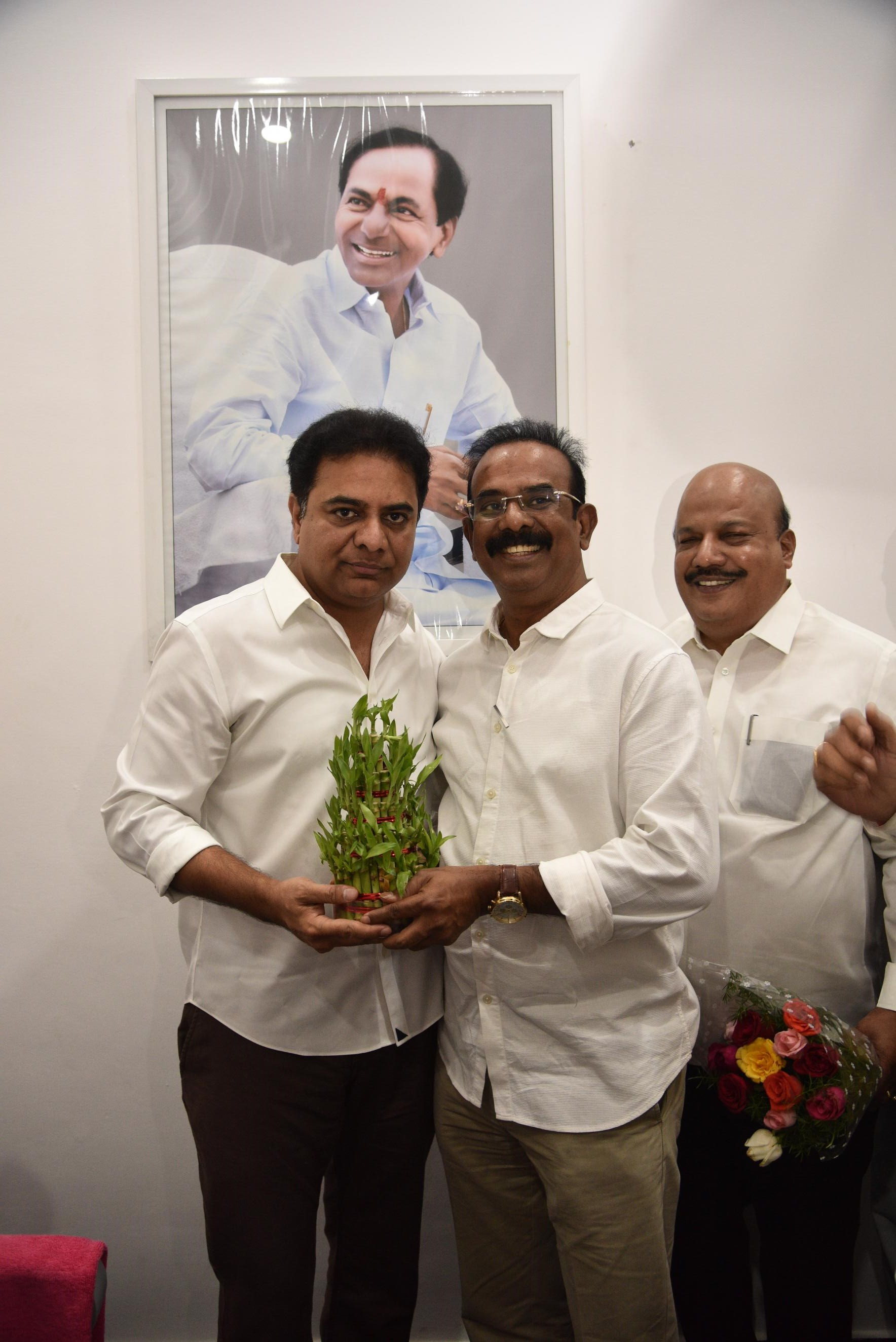 27. New Year Greetings to TRS Working President Sri KTR (17)
