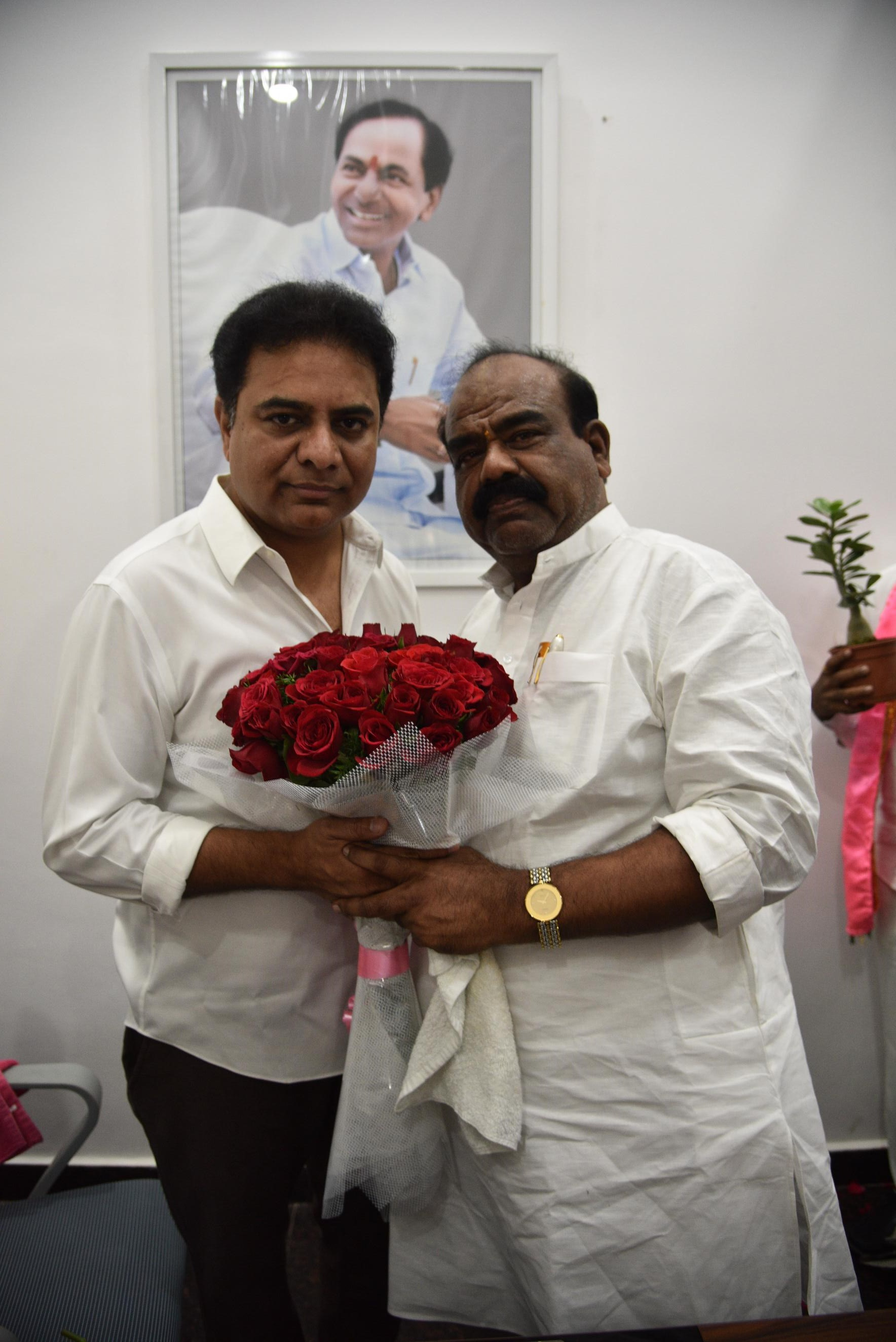 28. New Year Greetings to TRS Working President Sri KTR (33)