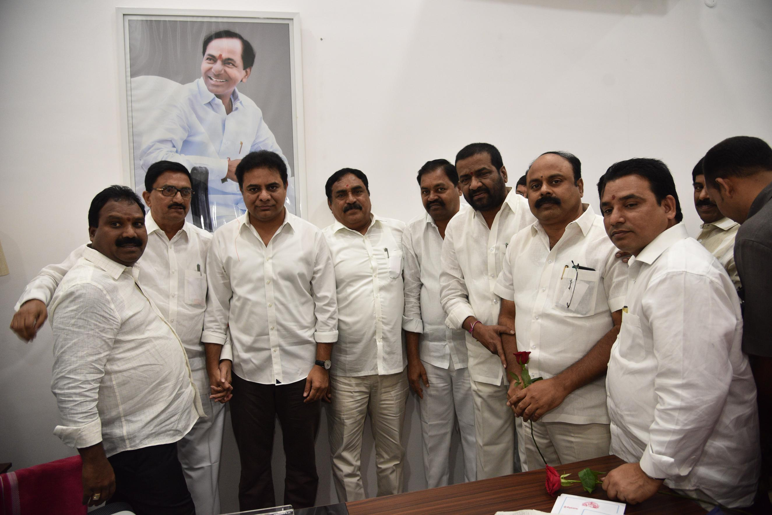 4. New Year Greetings to TRS Working President Sri KTR