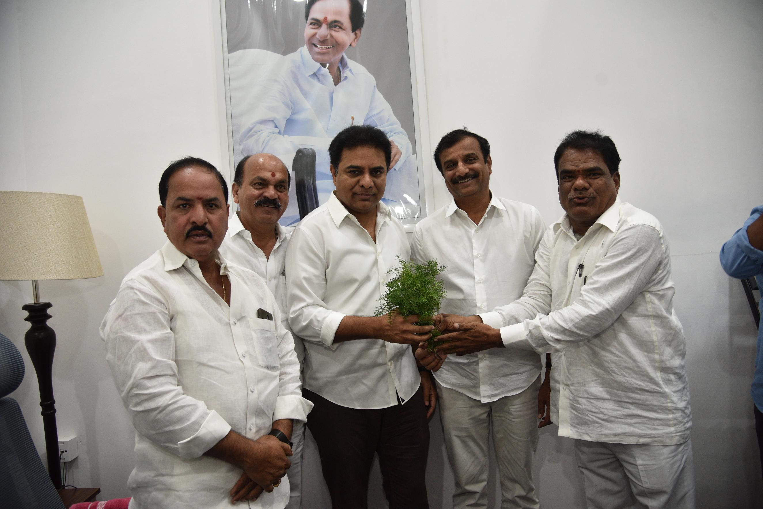 6. New Year Greetings to TRS Working President Sri KTR