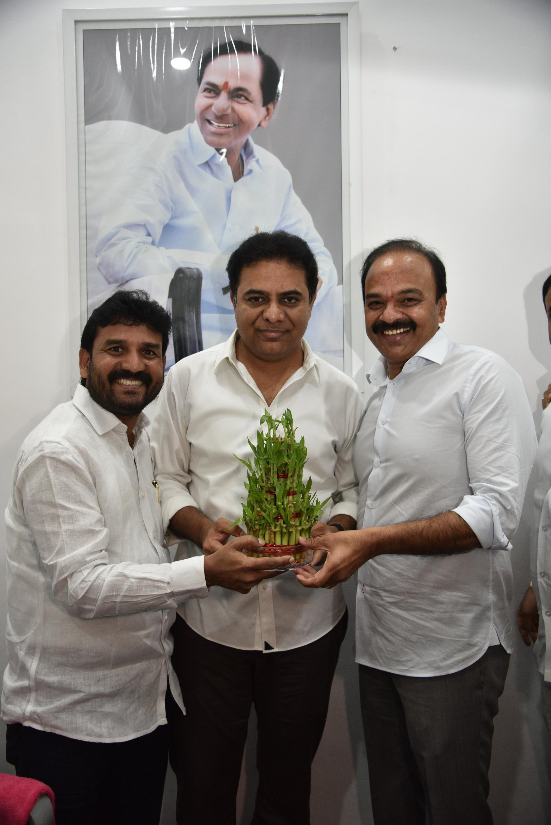7. New Year Greetings to TRS Working President Sri KTR